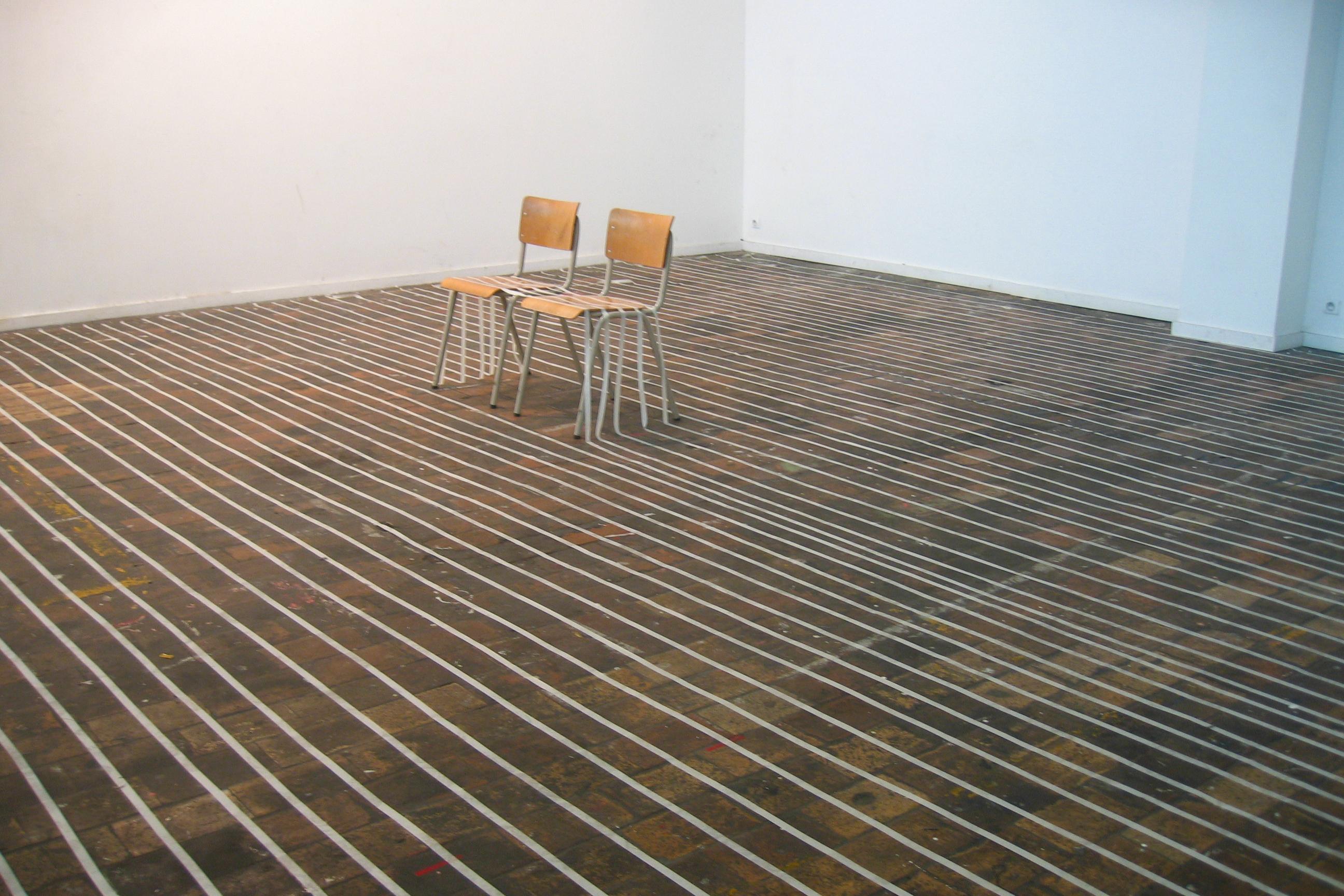 sonia-niwemahoro-installation-sur-la-pointe-des-pieds-01